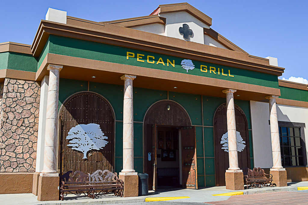 Pecan Grill and Brewery Good Eats Las Cruces New Mexico Mike Puckett SSW (39 of 47)
